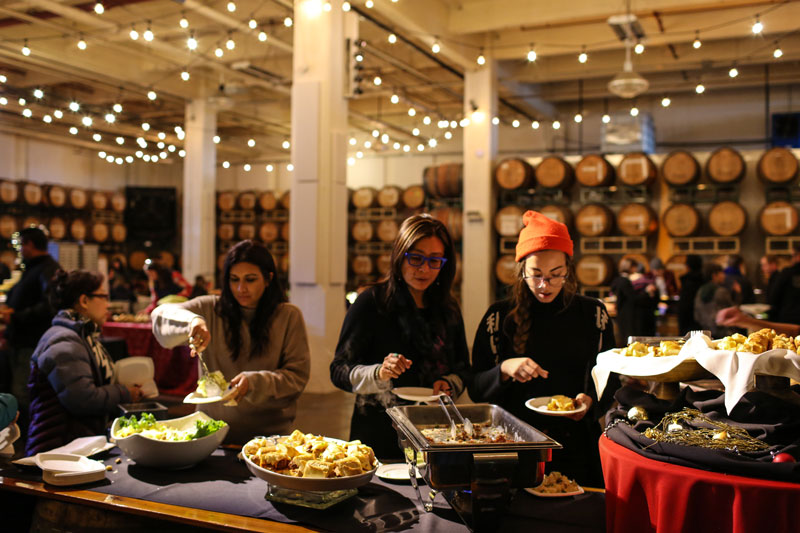 5 Reasons to Host a Holiday Party